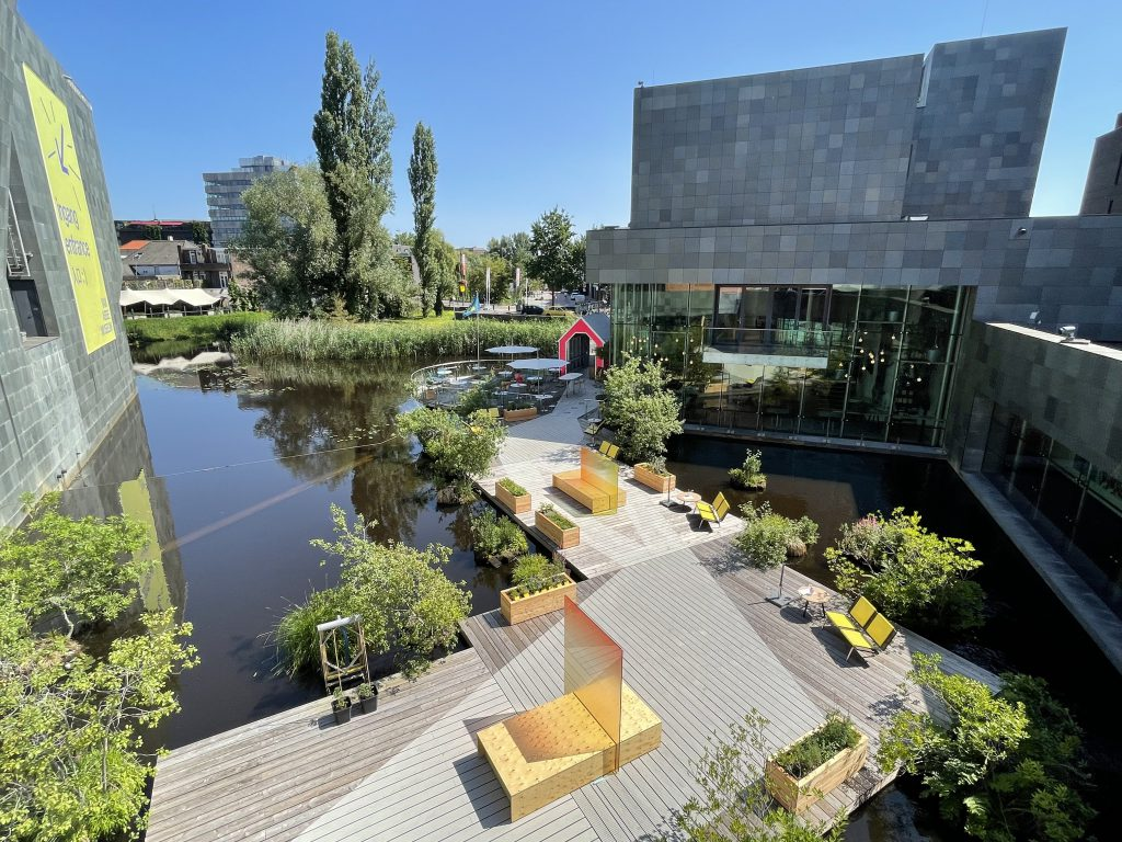 Terrace on the water-Dommel-Centre Eindhoven